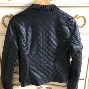 edd4b2ed3 Forever 21 Lined Faux Leather Jacket